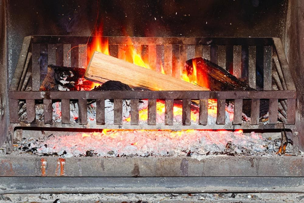 Best Fireplace Grates Of 2021, What Is The Best Material For A Fireplace Grate
